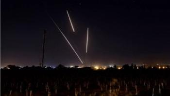 الجيش الاسرائيلي يعلن رصده 3 صواريخ اطلقت من سوريا