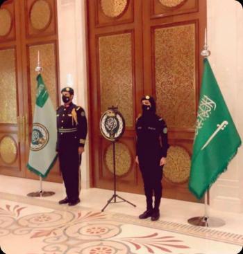 صورة لفتاة في الحرس الملكي السعودي تحظى بتفاعل كبير