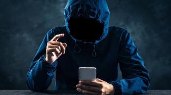 غوغل تحذف تطبيقات التجسس والتعقب من متجرها