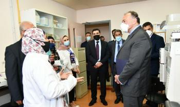 السفير الامريكي يزور جامعة العلوم والتكنولوجيا