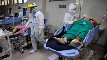 الصحة العالمية تعلق على إصابة رجل بكورونا مرتين