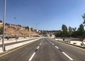 انهاء جزء من مشروع باص عمان - الزرقاء السريع والغاء تحويلة