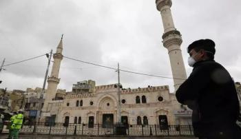 عودة الحياة إلى مساجد وكنائس المملكة