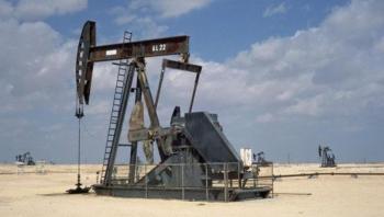 عُمان تخفض مخصصات النفط إلى عملائها 10%