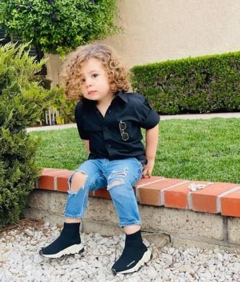 الطفل السوري إيثن فياض .. الأكثر شعبية على مواقع التواصل الاجتماعي