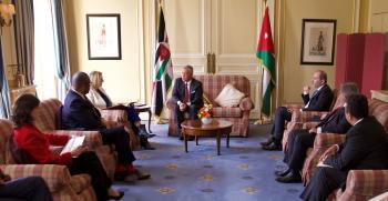 الملك لوزيرة خارجية بريطانيا: أزمات الشرق الأوسط تتطلب تكثيف الجهود