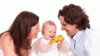 طرق بسيطة لتعزيز نمو وصحة دماغ طفلك