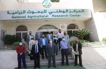 وفد من الجامعة الهاشمية يزور المركز الوطني للبحوث الزراعية