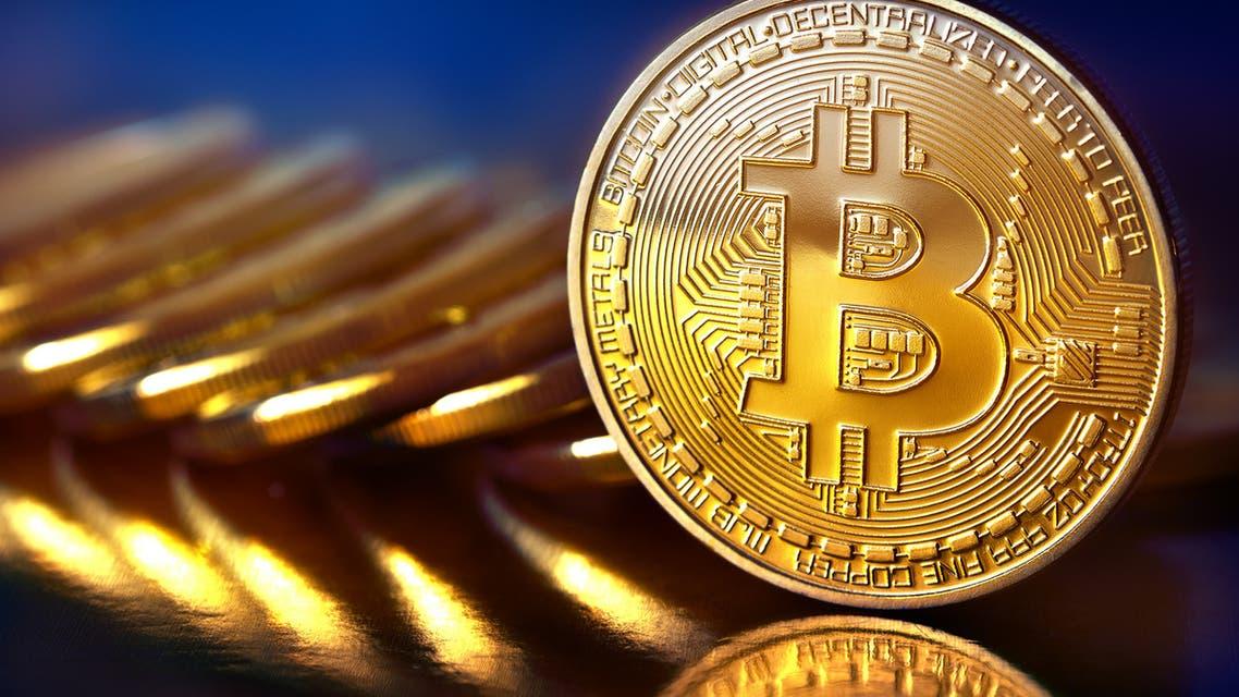 تقرير: بيتكوين تصبح العملة رقم 13 في العالم