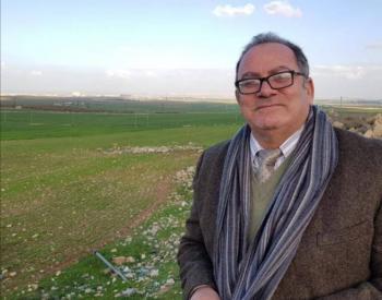 الدكتور أبو غنيمة يصدر كتابه السابع بعنوان فيسبوكيات معمارية