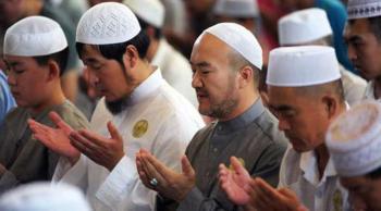 الصين : المسلمون يحتفلون بعيد الأضحى المبارك وسط تدابير مكافحة كورونا