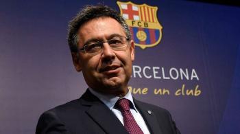 إطلاق حملة لسحب الثقة من رئيس نادي برشلونة وإدارته