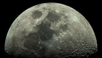 خبير أمريكي يقيم خطط ناسا لاستخراج الخامات القمرية