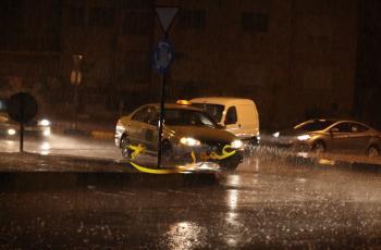 شاهدوا ..  أمطار عمان في صور