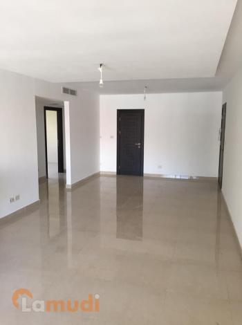 شقة جديدة 140متر في شارع المدينة المنورة للبيع