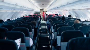 شجار عنيف على متن طائرة هولندية بسبب كمامة