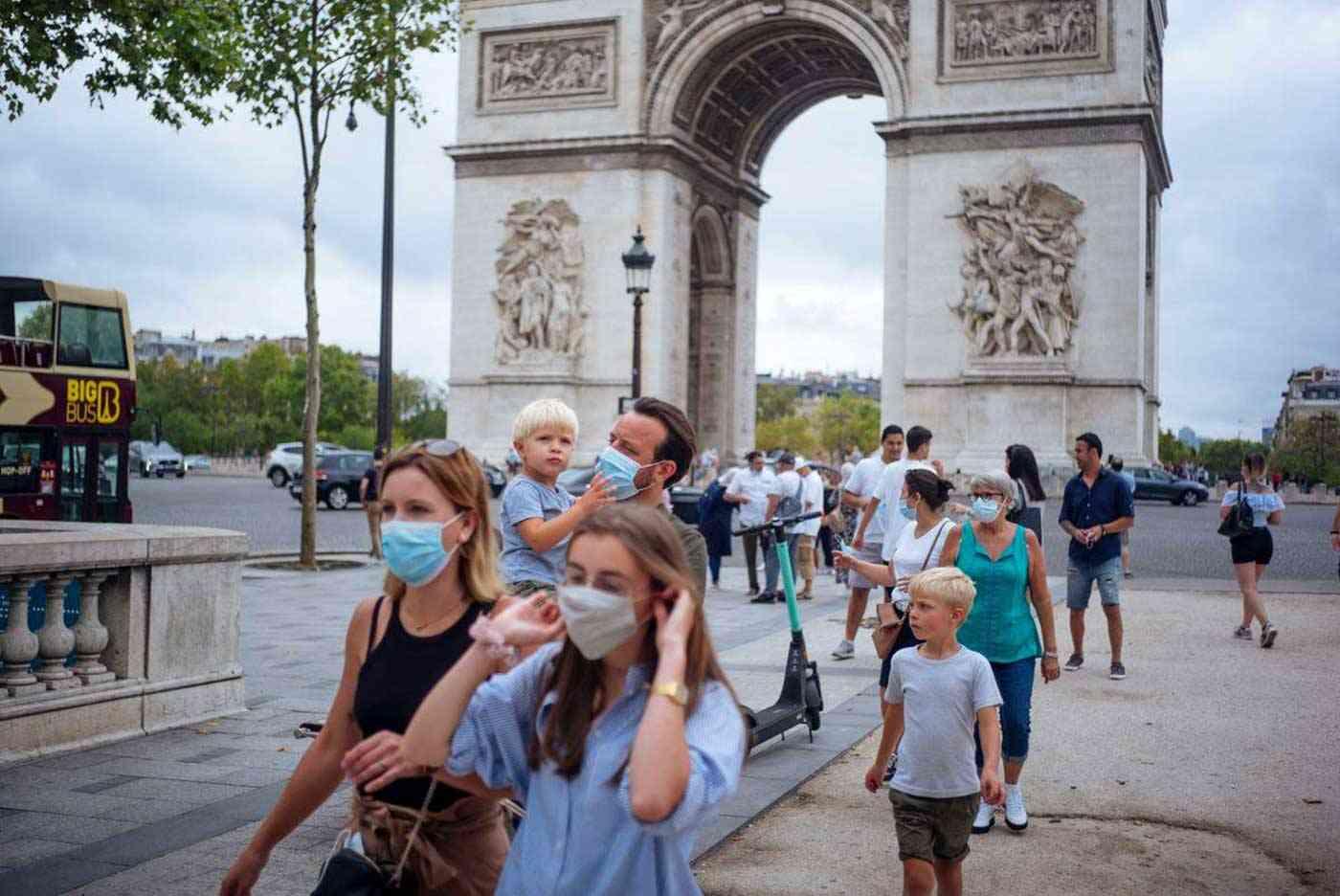 إصابات كورونا في العالم تصل إلى 30.5 مليون