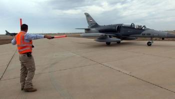 بغداد تنفي وجود قوات أجنبية قتالية في قاعدة بلد الجوية