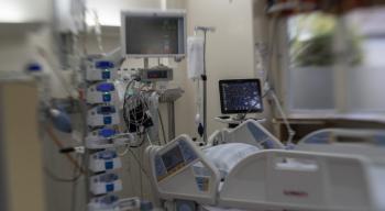 أكثر من 106 آلاف حالة كورونا في العناية الحثيثة حول العالم