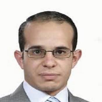 الدكتور معتز العلاوي .. مبارك التخرج