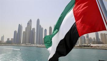 الإمارات تمنح الذكور المقيمين برفقة ذويهم تصاريح عمل