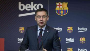 جمع 20 ألف صوت لإقالة رئيس برشلونة