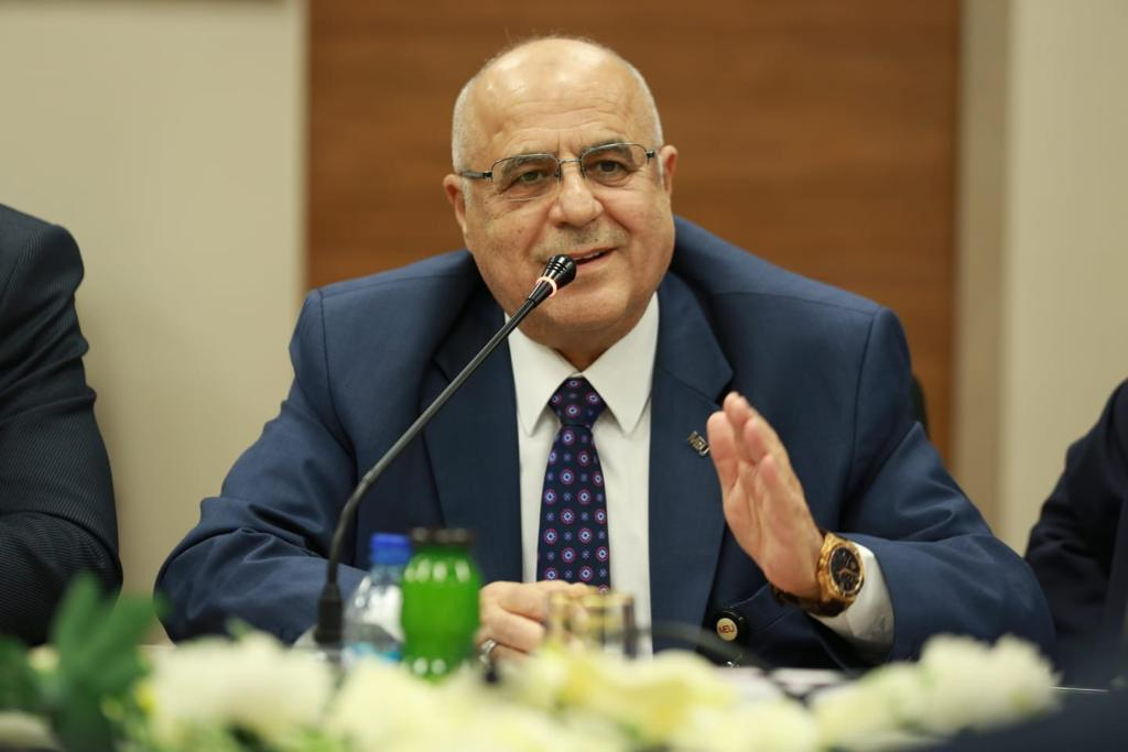 أ.د. محمود الوادي
