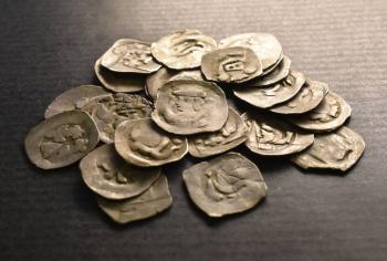 سلوفاكيا ..  العثور على كنز ثمين يعود للقرون الوسطى