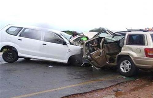 7 اصابات بحادث تصادم على طريق المفرق - الصفاوي