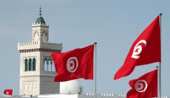 تونس تعلّق الدراسة حتى نهاية نيسان