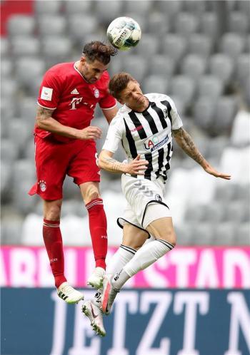 بايرن ميونيخ يقسو على فرايبورغ