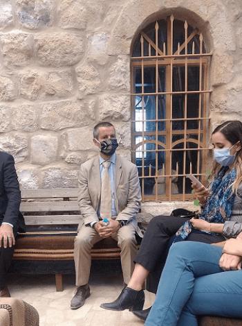 الملحق الثقافي بسفارة فرنسا يزور متحف الكرك