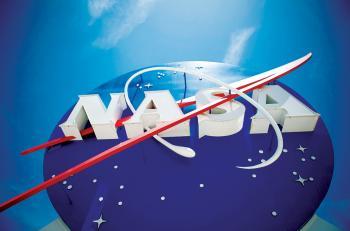 ناسا ترسل ديداناً إلى الفضاء لتقصي صحة رواد الفضاء