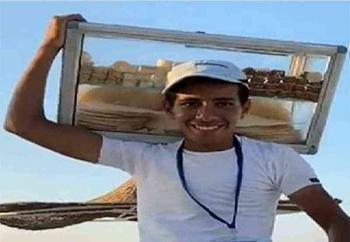 قصة طالب الطب «بائع الحلوى» في مصر
