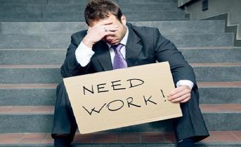 خبراء يحذرون من مخاطر ارتفاع معدلات الفقر والبطالة