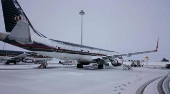 الثلوج تؤجل رحلة وتلغي 3 للملكية الأردنية