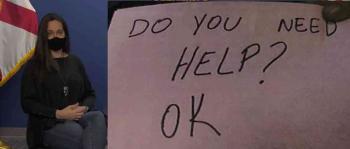 إشارات سرية تنقذ طفلا من قسوة زوج أمه