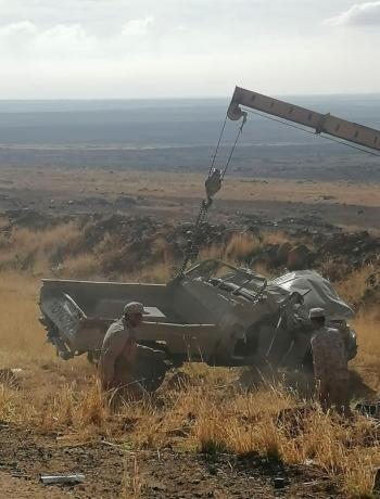 الجيش يعلن عن وفاتين و3 إصابات اثر انزلاق آلية عسكرية