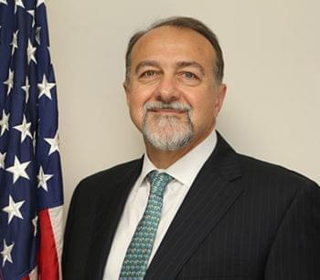 السفير الأمريكي الجديد يصل إلى الأردن ويحجر نفسه