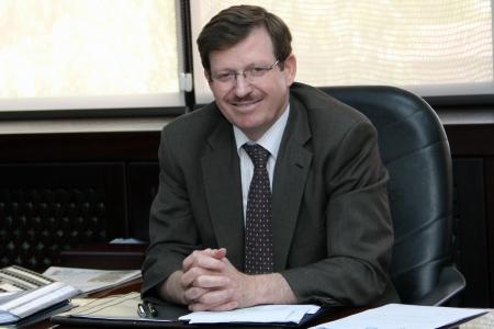 وزير الصحة يوعز بإيجاد مبنى بديل لمركز صحي النزهة