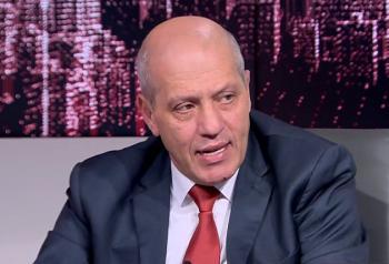 ابو طير: حكومة الخصاونة تشبه حكومة الملقي ومحصلتها الرحيل
