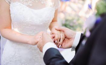 تشابه الأزواج ..  أسرار وحقائق علمية وليست صدفة