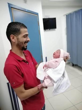 أحمد كمال الربيحات ..  مبارك المولودة شام
