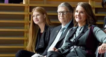 بيل غيتس يهدي طليقته نحو 3 مليارات دولار في يوم الإنفصال