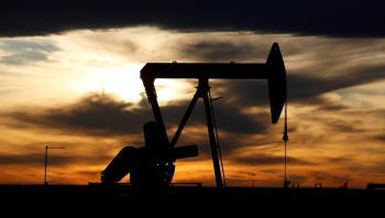 أسعار النفط تواصل المكاسب بدعم توقعات طلب إيجابية