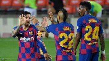 للمرة الثالثة ..  برشلونة يكتسح الجميع بعيدا عن عالم الكرة