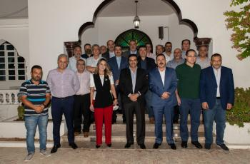 نادي الجالية الأردنية في عُمان يشهر لجنة رجال الأعمال