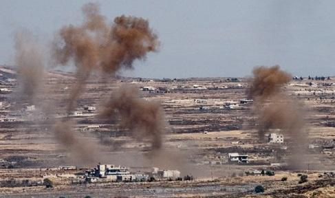 اسرائيل تستهدف 3 مدافع للجيش السوري
