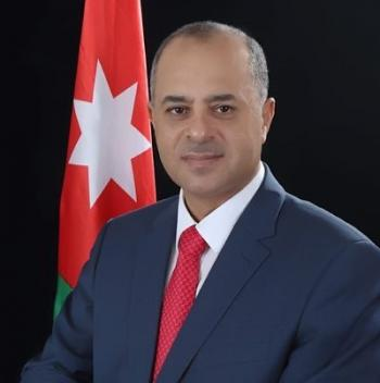 العميد عبدالله أبو كركي يهنئ النائب خير ابو صعيليك