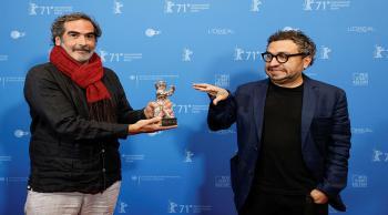 تسليم جوائز مهرجان برلين السينمائي بعد 3 أشهر من موعدها